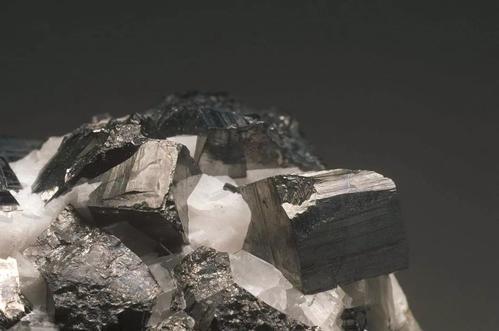 non-ferrous metal sulfide ore
